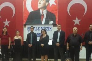 Şelale Müzik Merkezi 2013 konseri öğretmenlerimiz.